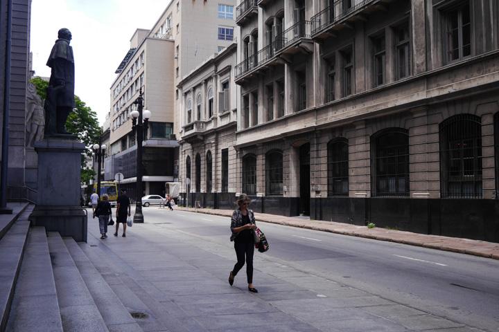 7-Уругвай-люди3
