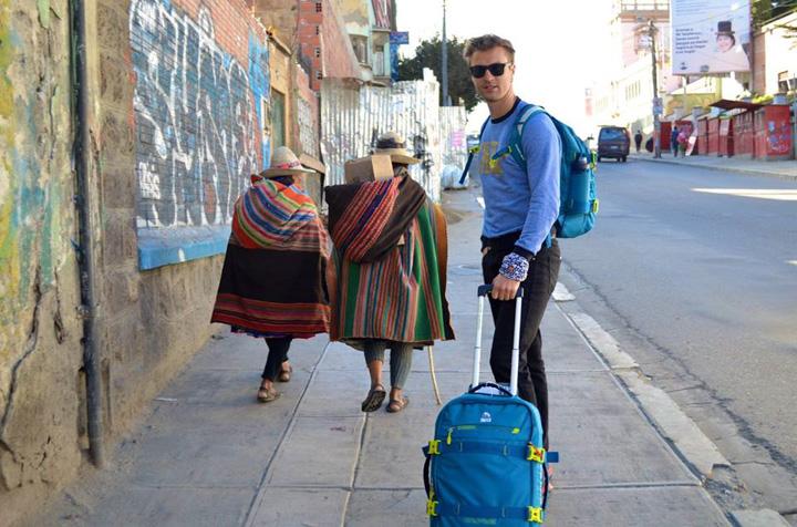 0-Болівія