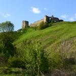 Руїни замків на півдні Тернопілля