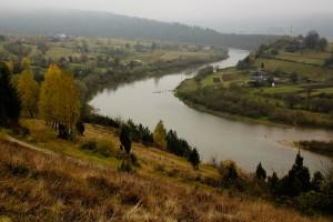 Ріка Стрий в Рибнику і Довгому