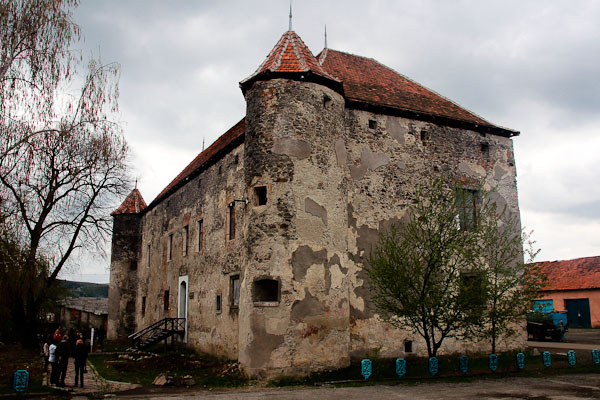 """Замок в Чинадійово - """"Сент-Міклош"""""""