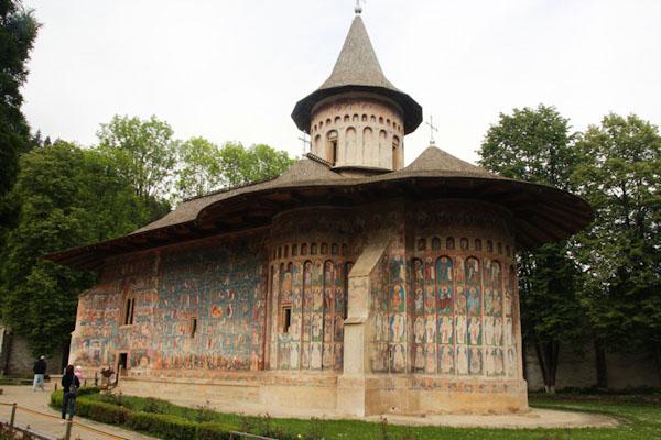 Монастир Воронець, Румунія