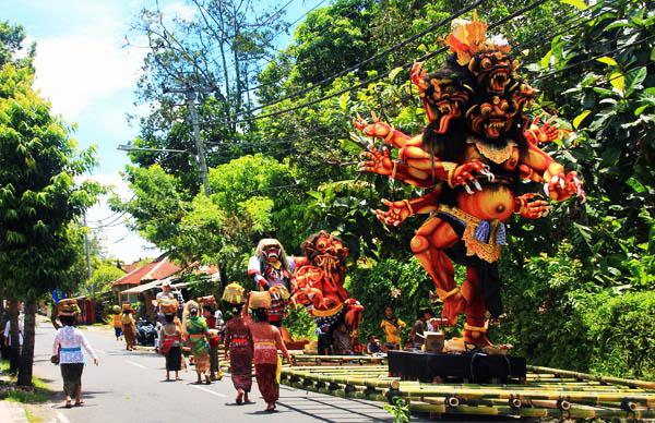 Ого-Ого демони Балі