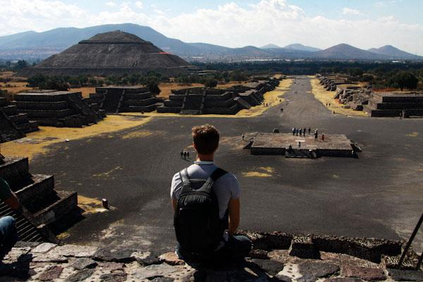 Теотіуакан піраміди
