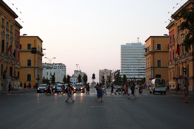 Албанія (14)