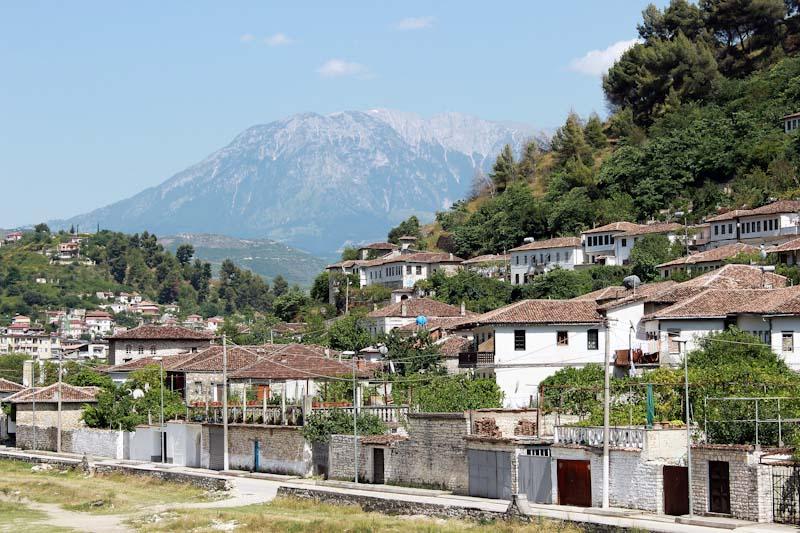 Албанія (141)