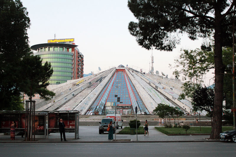 Албанія (19)