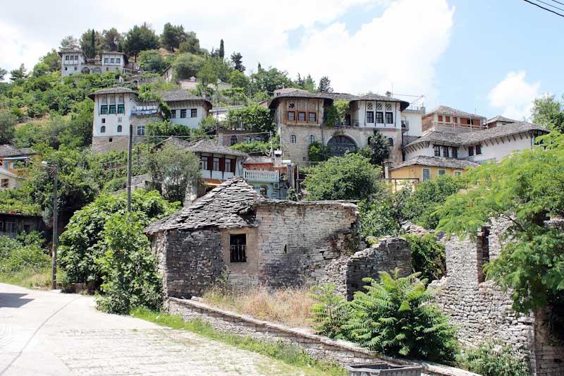 Албанія (370)