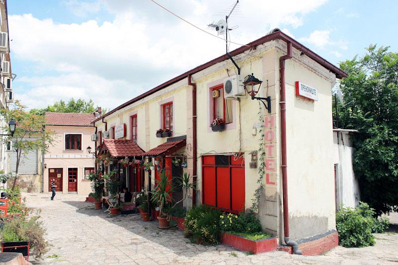 Македонія (181)