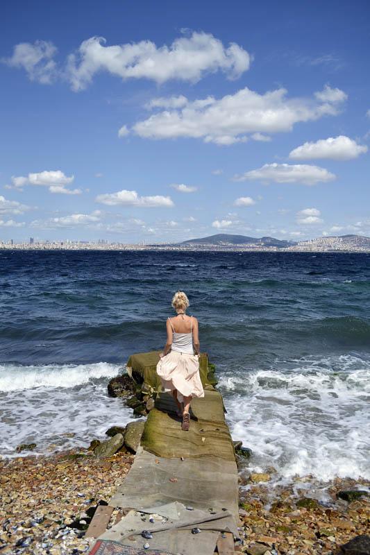 Марта і море