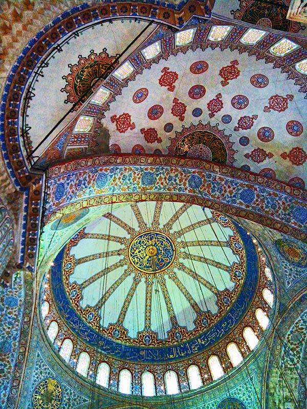 мечеть в середині
