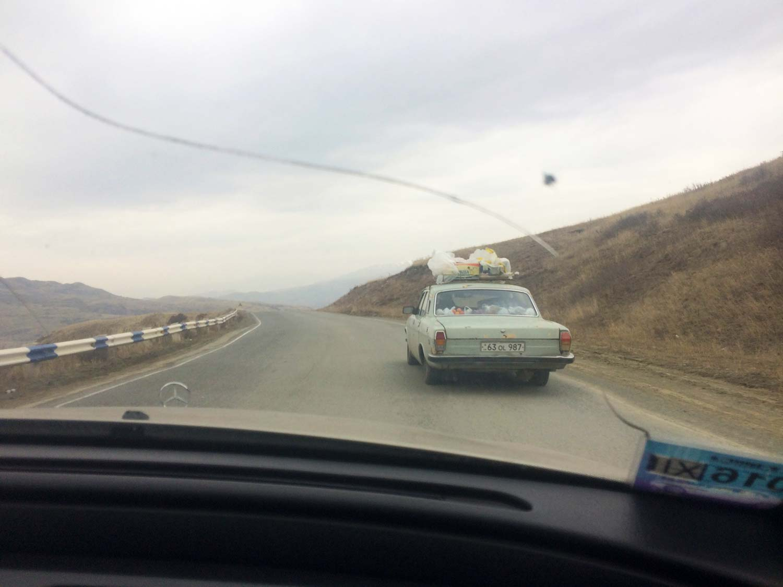 Вірменія. Дорога до Єревану