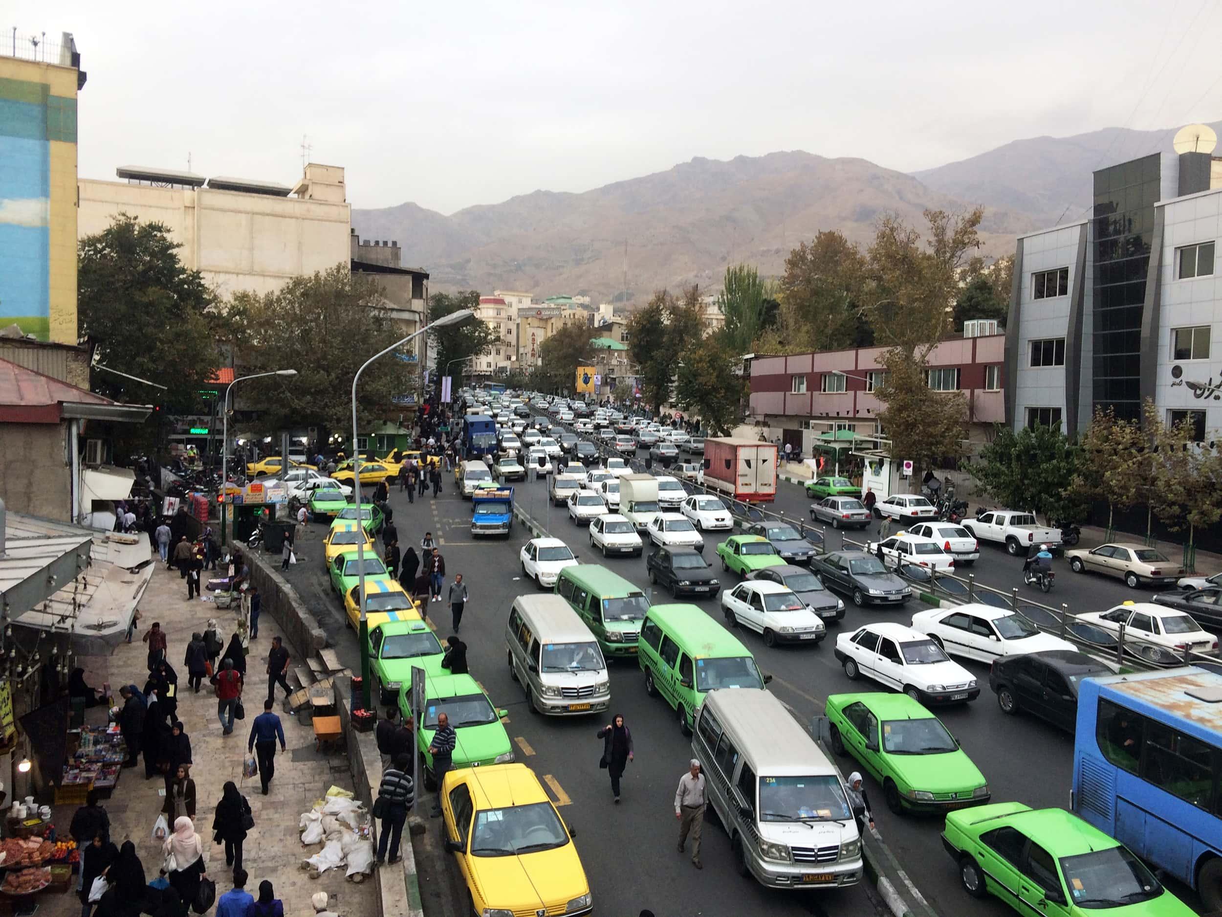 Тегеран. Базар на півночі міста.