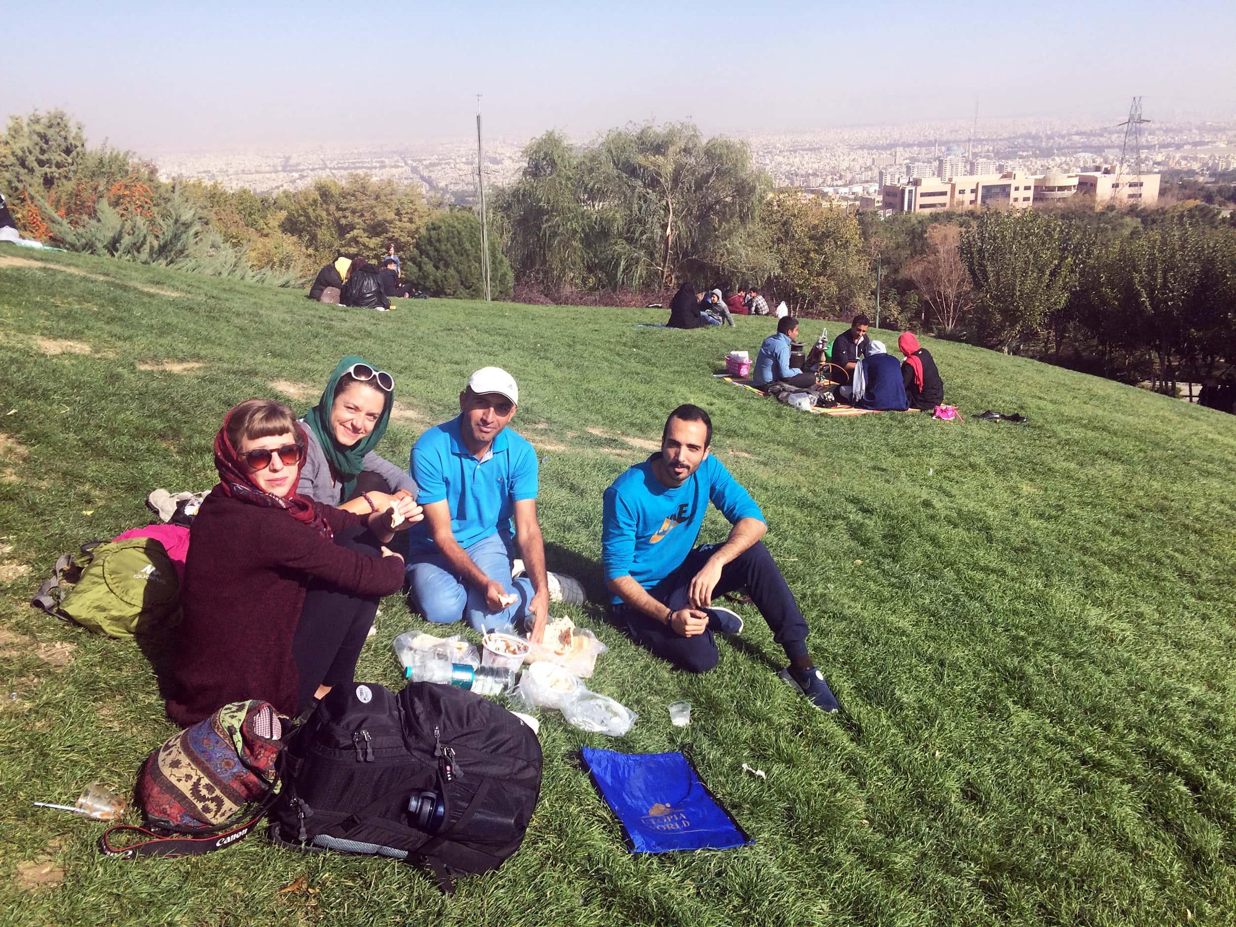 isfahan-kylymy-v-parku-2