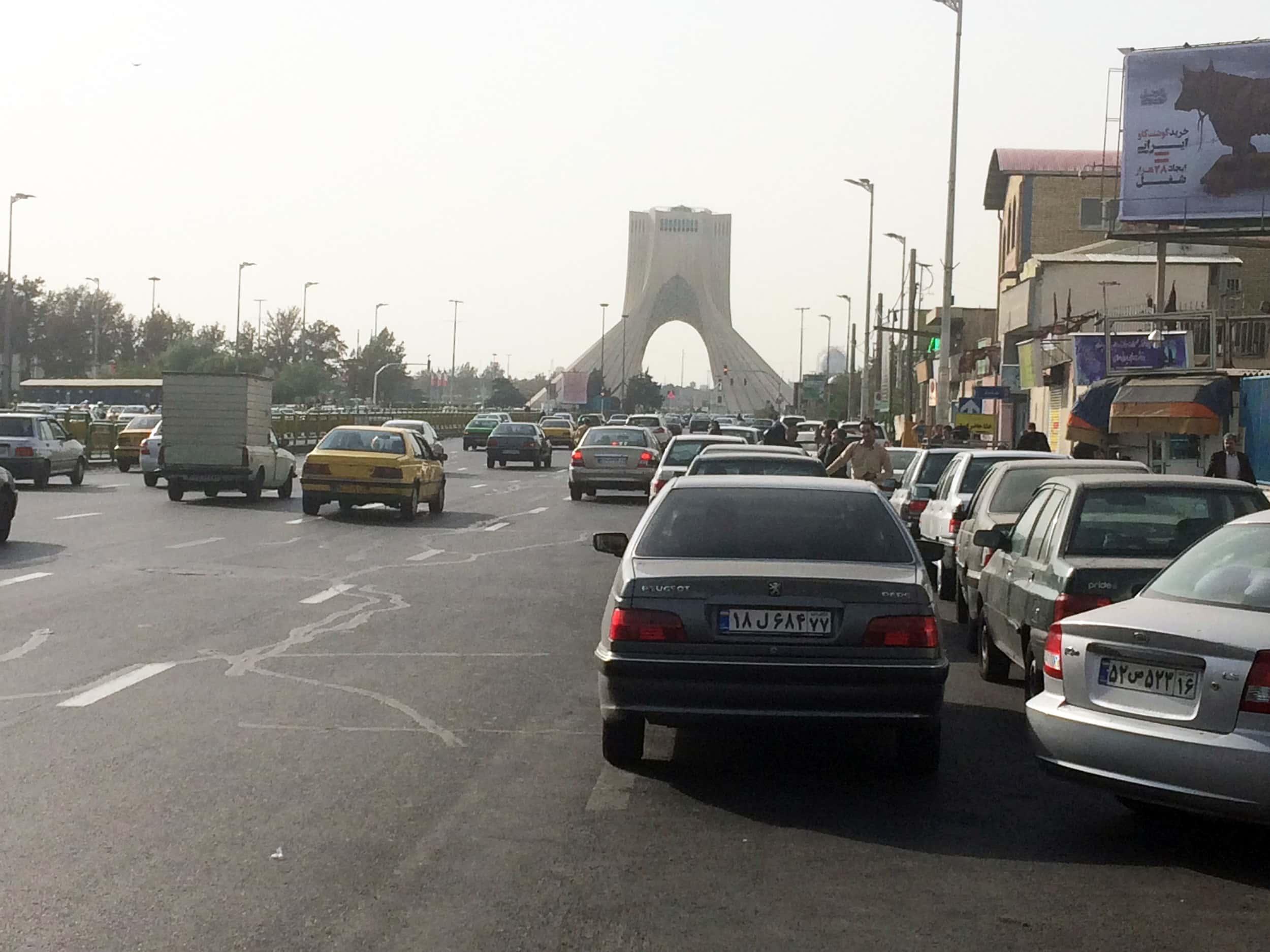 Іран. Азаді тауер. Фото 1
