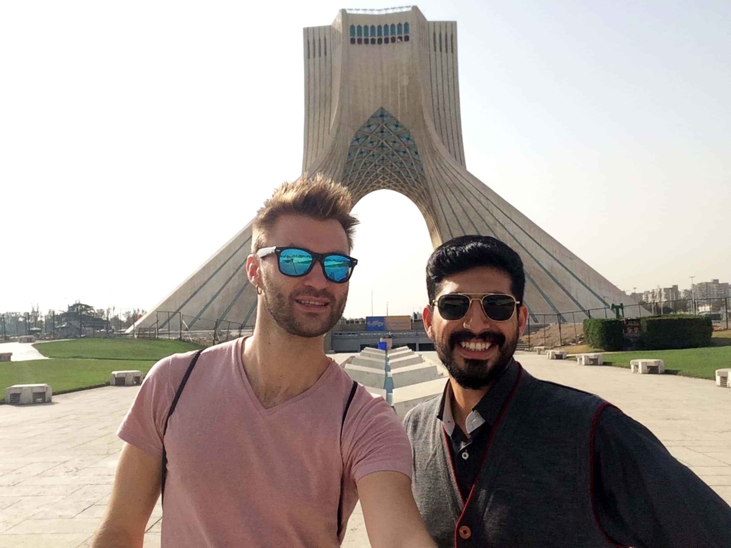 Іран. Азаді тауер. Фото 2