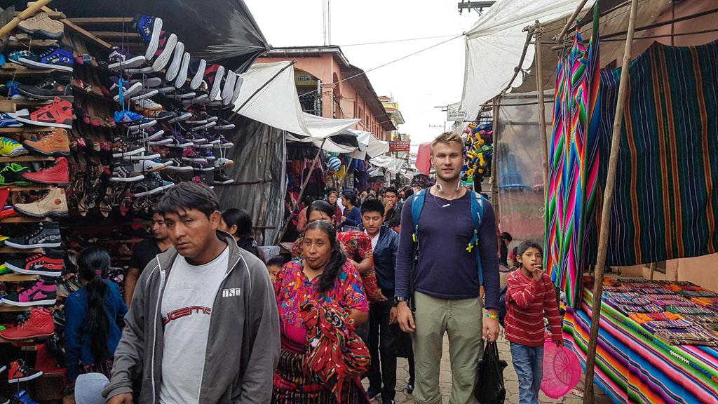 Гватемала, Чічікастенанго