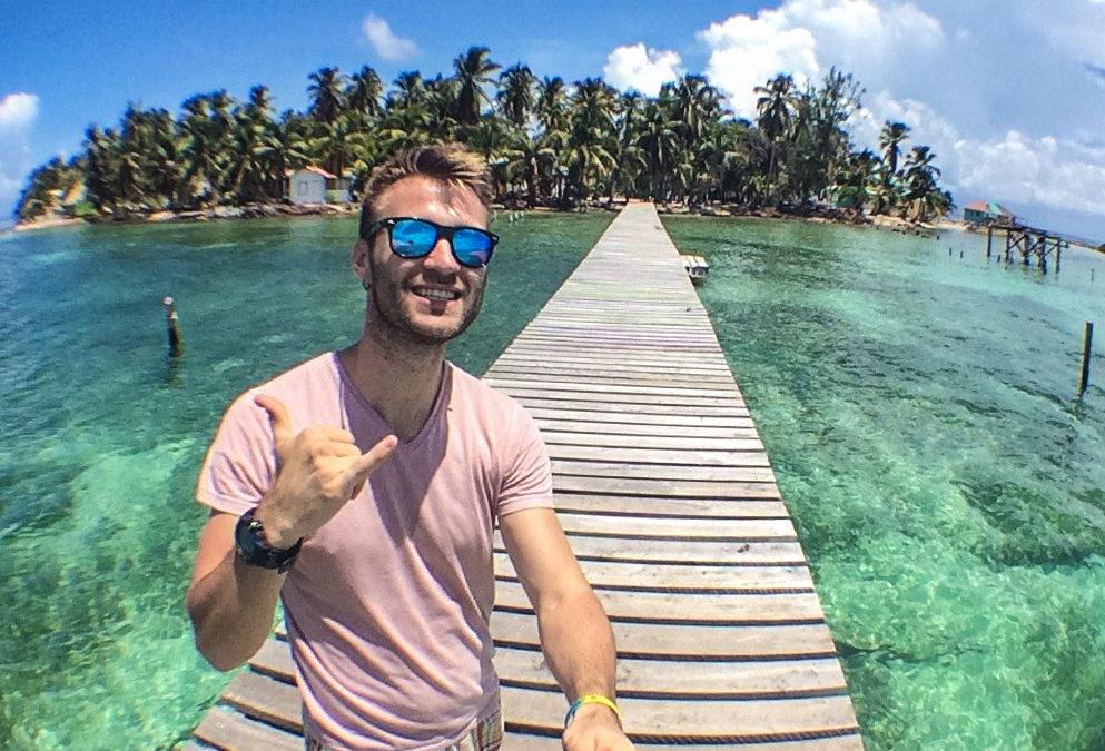 Беліз та приватний острів на Карибах