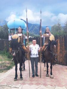 Етноаул Гунни в Казахстані